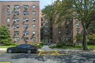 213-06 75th Ave 4j Oakland Gardens NY, 11364
