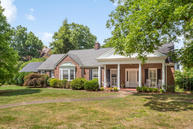 205 Hilldale Dr Chattanooga TN, 37411