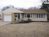 204 W 26th Hutchinson KS, 67502