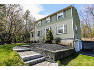 15 Stowell Rd Bedford NH, 03110