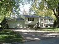 1810 Country Club Drive Grinnell IA, 50112