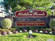 107 Hidden Pond Cir Smithtown NY, 11787