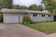 286 Greenwood Drive Fredericton NB, E3A 7C8