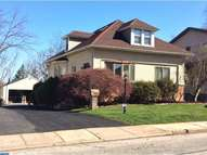 33 Evergreen Ave Broomall PA, 19008