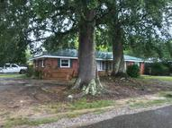 601 Pine Dr Ocean Springs MS, 39564