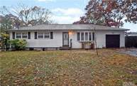 14 Walter Ave Patchogue NY, 11772