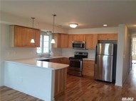88 Williamson St B East Rockaway NY, 11518