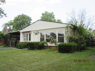 8233 North Oconto Avenue Niles IL, 60714