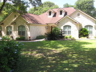 304 Forest Country Dr La Vernia TX, 78121