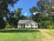 632 West Railroad Ave Gloster MS, 39638
