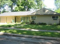 309 E Maplegrove Avenue Fort Wayne IN, 46806