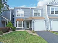 422 Trumbull Ct Newtown PA, 18940