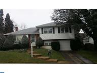 2801 Hillvale Ave Reading PA, 19609
