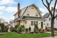 37 Cypress St Floral Park NY, 11001
