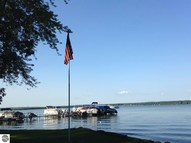 11094 Kings Point Resort Road Indian River MI, 49749