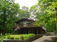 135 Panorama Trl Dingmans Ferry PA, 18328