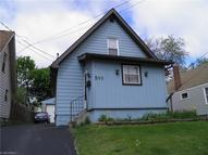 511 Garfield St Struthers OH, 44471