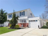 128 W 23rd St Deer Park NY, 11729