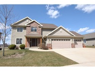 153 Valle Tell Dr New Glarus WI, 53574