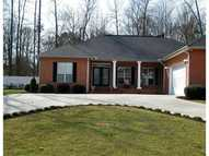 110 White Oak Way Ne Calhoun GA, 30701