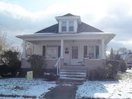 440 Walnut Clinton IN, 47842