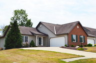 1582 Cape Cod Drive. Mansfield OH, 44904