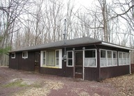 27 Pond Creek Dr White Haven PA, 18661
