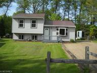 9146 Wilverne Dr Windham OH, 44288