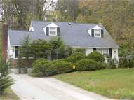 84 Cornell Dr Smithtown NY, 11787