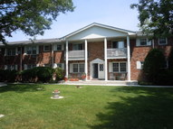 166 Fairharbor Dr Patchogue NY, 11772
