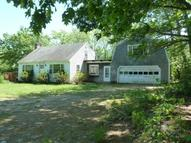 31 Hutchinson Rd Chichester NH, 03258