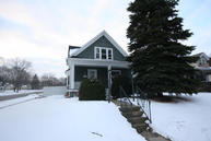 552 S 7th Ave West Bend WI, 53095