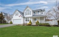 3 Tuthill Creek Dr Blue Point NY, 11715