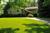10525 N Stratford Pl Mequon WI, 53092