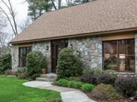 38 Lenox Circle East Longmeadow MA, 01028