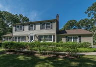61 West Meadow Rd Setauket NY, 11733