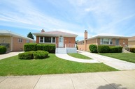 8536 North Oriole Avenue Niles IL, 60714