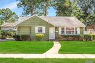 3932 Maplewood Dr Seaford NY, 11783