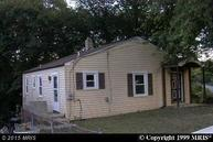 708 Glacier Avenue Capitol Heights MD, 20743