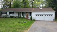 22 Payne Ct Clifton Park NY, 12065
