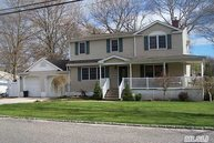 28 Aster Ave Holtsville NY, 11742