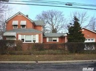 2369 Lincoln St North Bellmore NY, 11710
