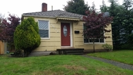 7936 16th Ave Sw Seattle WA, 98106