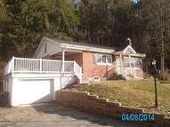 30 Pine Hill Road New Ringgold PA, 17960