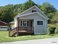 157 Oil Circle Drive Lilly PA, 15938