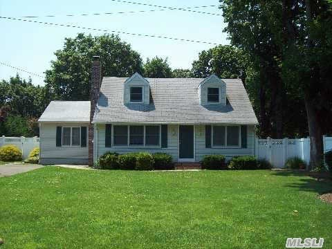 28 Cornell St East Northport NY, 11731