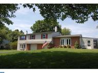 95 Longview Dr Holland PA, 18966
