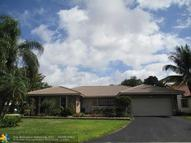 895 Nw 108th Ln Coral Springs FL, 33071