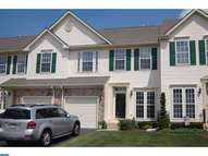 706 Wisteria Dr Warrington PA, 18976