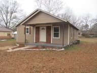 609 Franklin Street Newhebron MS, 39140